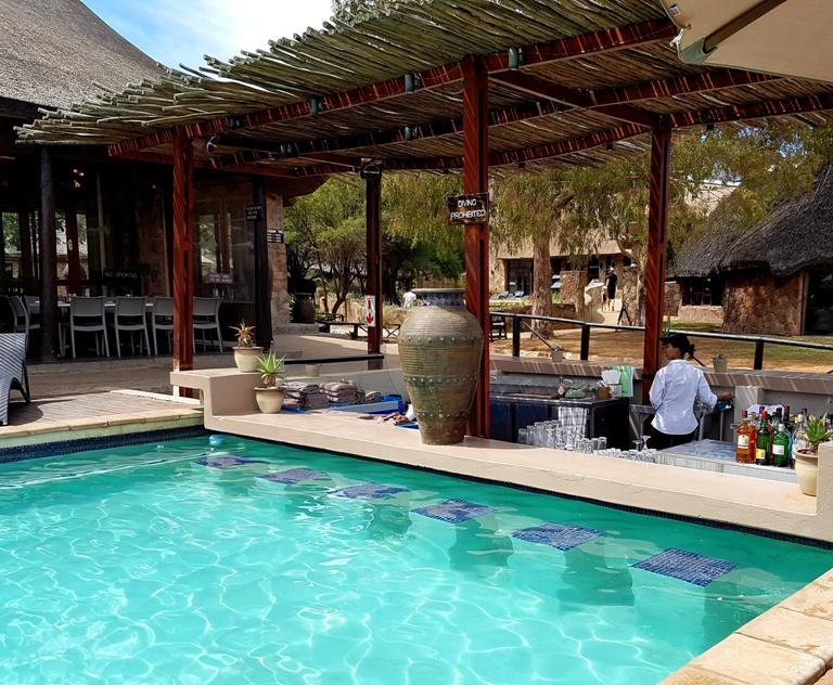 Aquila Reserve Pool Bar